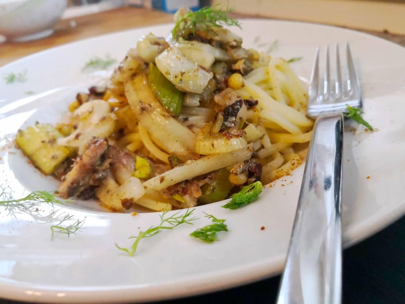 Bucatini mit Fenchel und Sardinen – Pasta con le Sarde